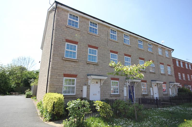 Middle Meadow, Shireoaks, S81