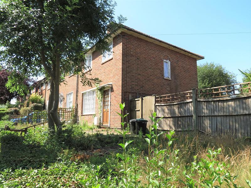 Dover House Road,  Putney,  SW15 5AH.