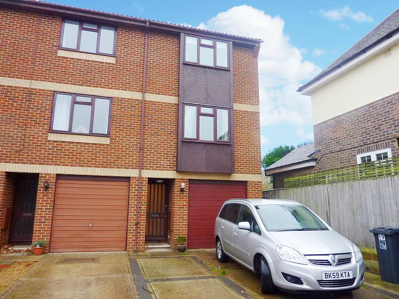 19 The Courtyard, , St Botolphs Road