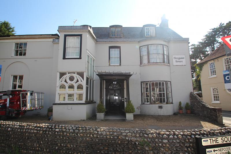 3 Grey Point House, The Square, Findon