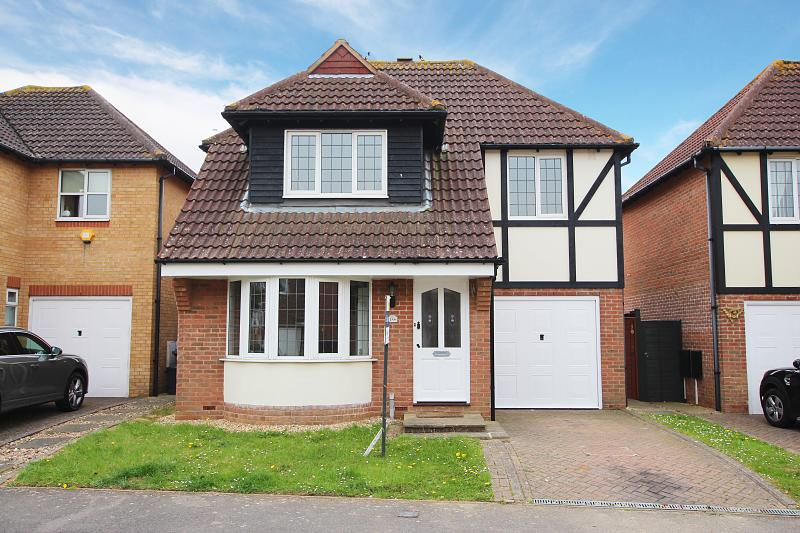 19 Blenheim Drive, Rustington,