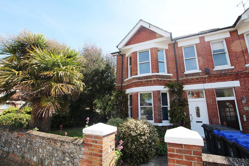 Flat 5, 1 Winchester Road,
