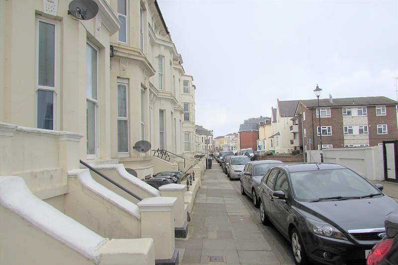 Street view (Main)